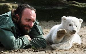 Knut und Pfleger Dörflein