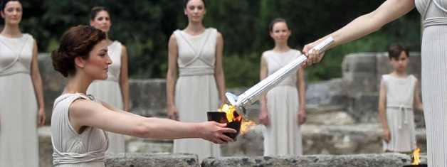 Übergabe olympisches Feuer
