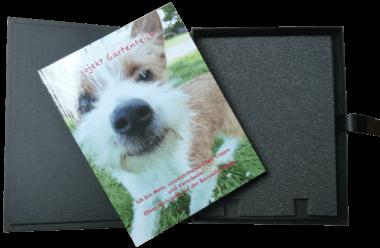 Buch mit Geschenkverpackung