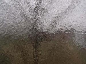 zugefrorene Fensterscheibe
