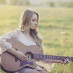 Sommerhits: fröhliche Songs für die warme Jahreszeit